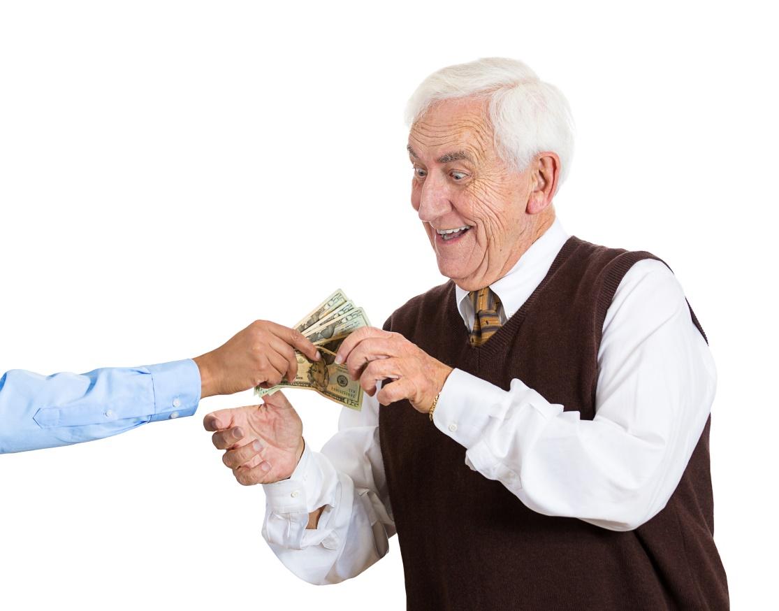 Можно ли вернуть деньги за ремонт квартиры пенсионерам